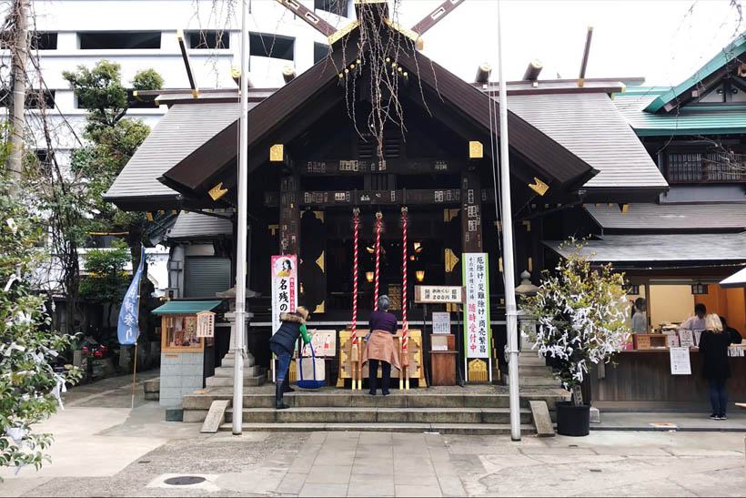 The Namiyoke Inari Shrine, just a few steps away from the market.