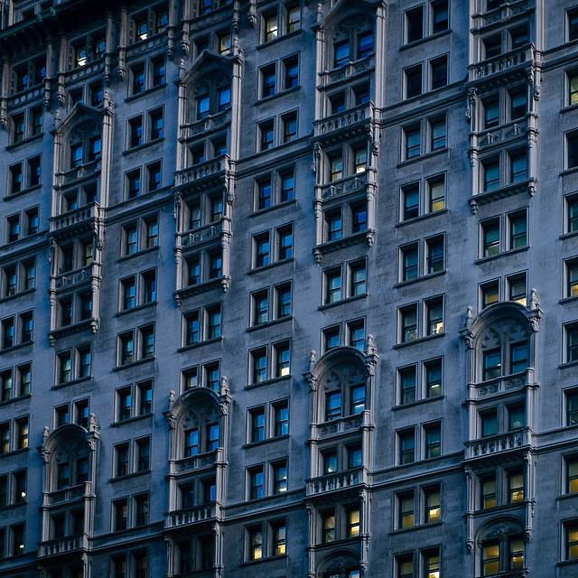 Windows of New York (I want to go back!) #nyc #manhattan #notiphone #fujifilm #x100s