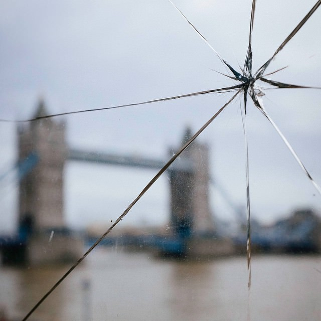 A broken window at the London Tower, looking over the Tower Bridge. #London #notiphone #fujifilm #x100s #uk #tower #broken